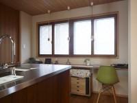 『キッチン』自然の風や光を十分に感じられるキッチン
